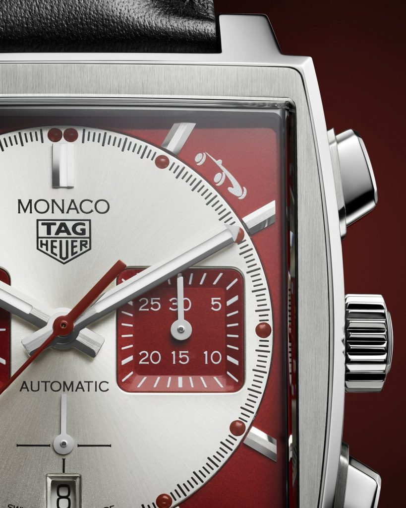 """The strikingly elegant and charismatic chronograph designed especially for the occasion features the signature red-and-white colour code that is reminiscent of eye-catching sports cars from the thrilling world of motor racing. The small silver historic car logo of the Grand Prix de Monaco Historique at the 1 o'clock position on the crimson brushed dial instantly links this special model to the historic race. This model is produced in a limited edition of 1,000 watches, each of which is engraved with its unique number and the words """"One of 1000""""."""