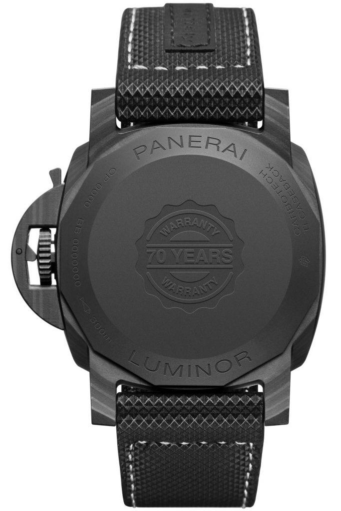 Panerai Luminor Marina Carbotech™ – 44 mm PAM01118