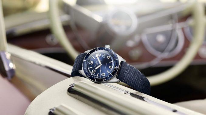 Cool stainless steel and intense blue lend the new timepieces a striking, fresh look - Glashütte Original Spezialist SeaQ Blue Dials