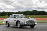 Aston_Martin_DB5_Goldfinger_Continuation05-jpg