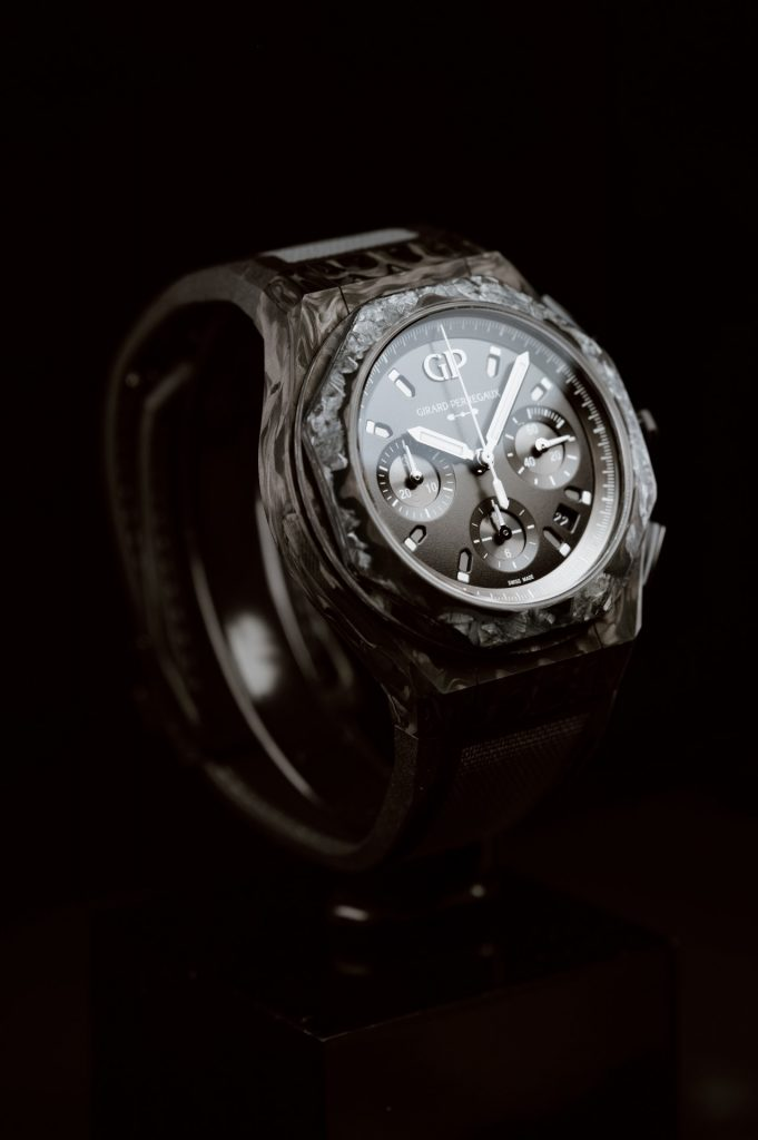 Girard-Perregaux Laureato Absolute Crystal Rock