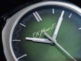 H. Moser & Cie. Streamliner Centre Seconds Matrix Green fumé dial