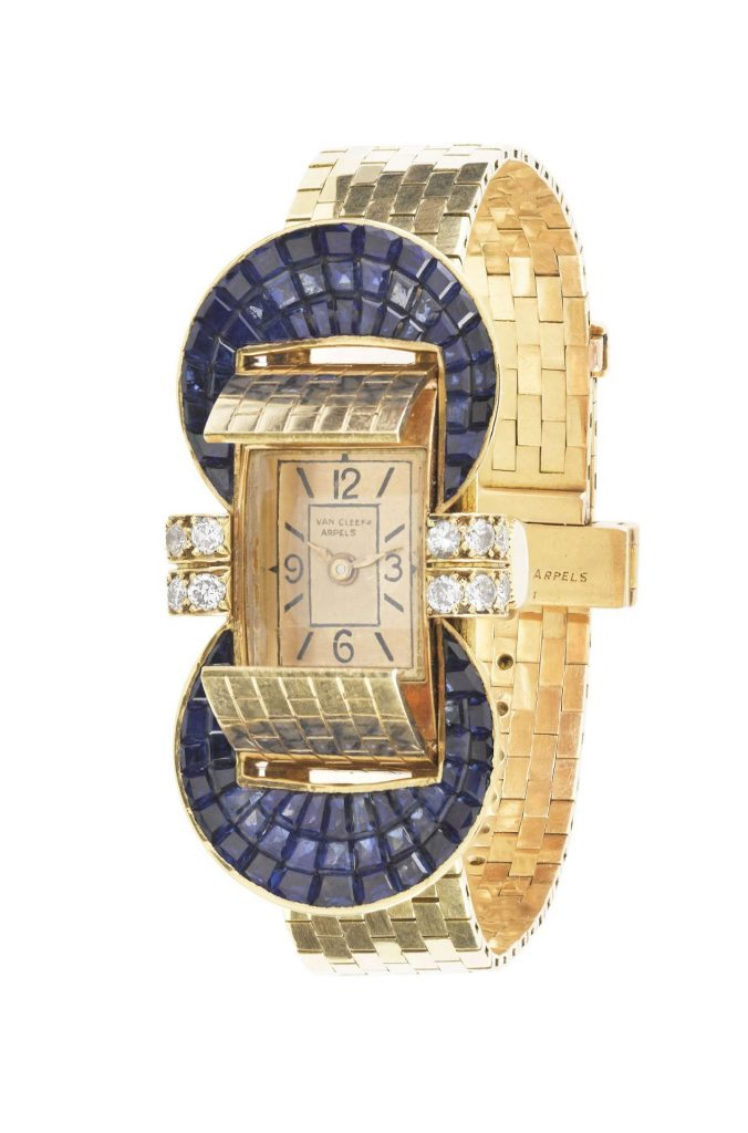 Ludo watch bracelet with flaps, 1949 Yellow gold, Mystery Set sapphires, diamonds Van Cleef & Arpels Collection