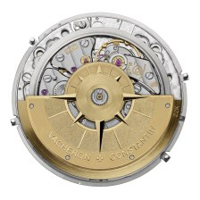 The automatic caliber 1120 has a 40-hour power reserve. Its 144 components come to life in a 28.4 mm diameter with a thickness of 2.45 mm. This movement is certified with the Hallmark of Geneva.