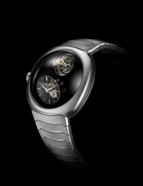 Streamliner Cylindrical Tourbillon Only Watch_6810-1200_Lifestyle_01