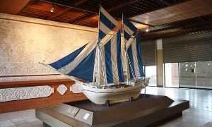 Pusat Kerajinan Perahu Phinisi