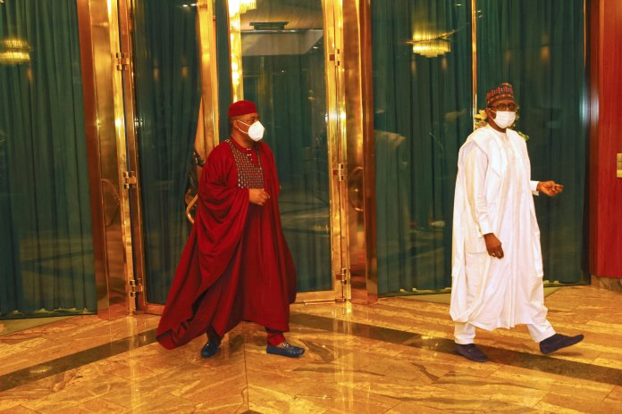 3dfe27be president buhari receives ffk and three others 5 scaled
