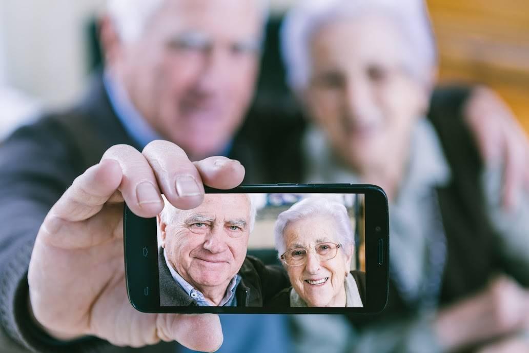 Russian Seniors Singles Online Dating Service