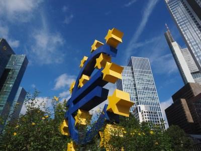 Inflação da zona do euro atinge ritmo mais lento em 3 anos
