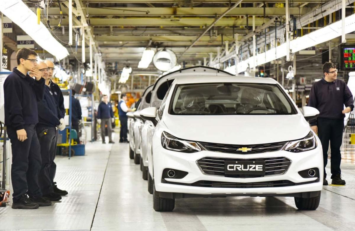 General Motors informa funcionários que pode deixar América do Sul