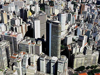 Preço dos imóveis residenciais cai em setembro, segundo Fipezap