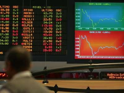Ibovespa abre com leve alta de olho nos resultados da Petrobras e do PIB Chinês