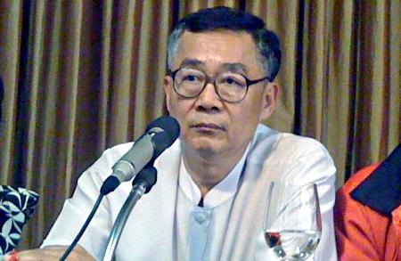 Dr Weng Tojirakarn