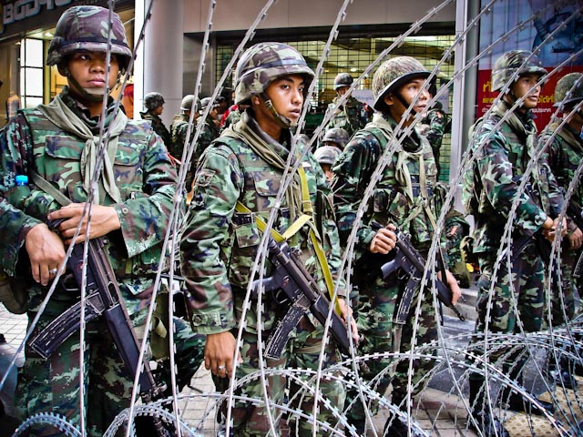 Thai army in downtown Bangkok during red shirts rally