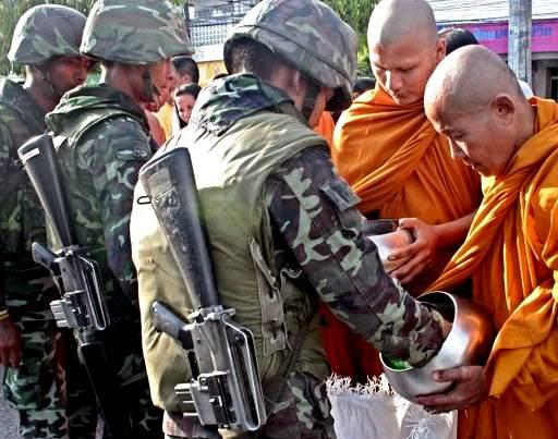 Soldats moines