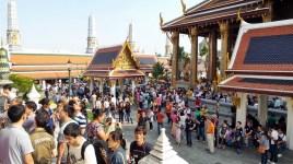Touristes Wta Phra Keo Bangkok