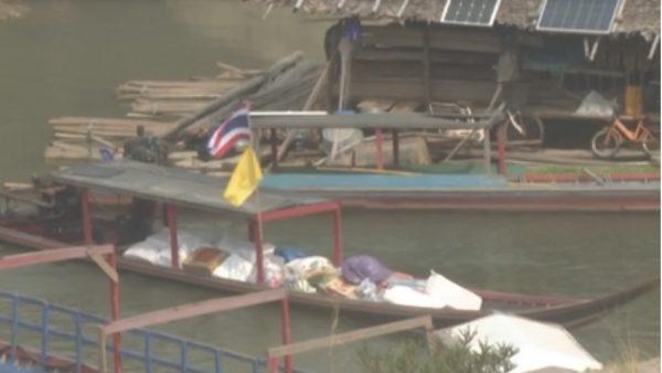 Le gouvernement thaïlandais autorise l'envoi de nourriture aux personnes déplacées au Myanmar