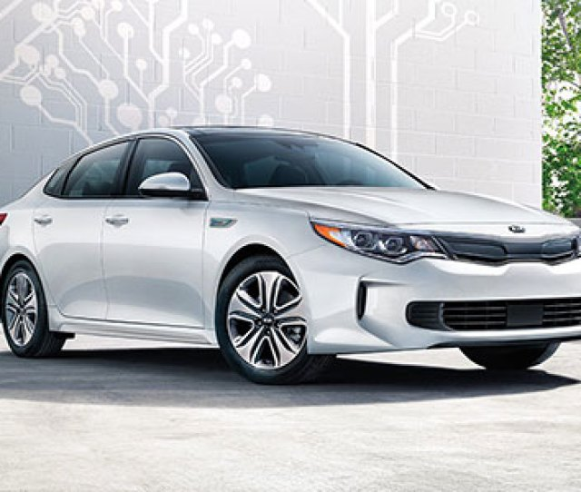 The  Kia Optima Is A Midsize Sedan Which Means Theres A Decent Amount Of Space Inside That Increases The Comfort For All Occupants