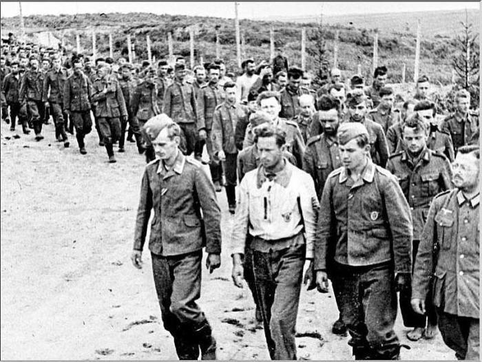 German-POWs-ww2