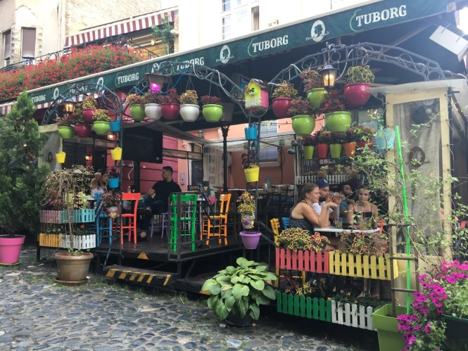 bohemian-quarter-in-belgrade