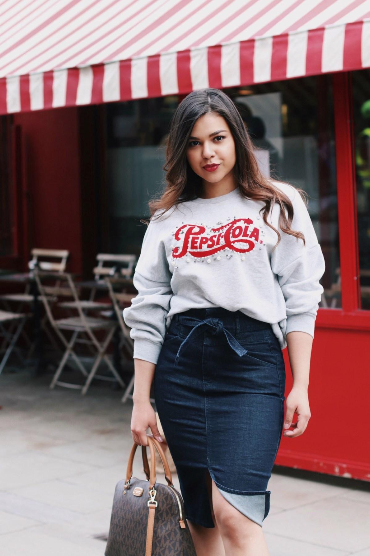 Denim pencil skirt outfit 2018 trends