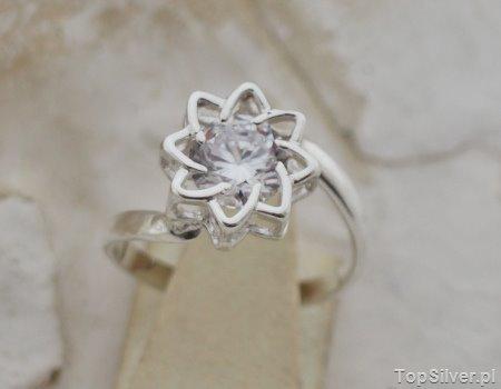 MISAWA – srebrny pierścionek z cyrkonią CRYSTAL