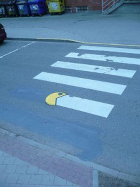 Pac Man mange les lignes de passage piéton