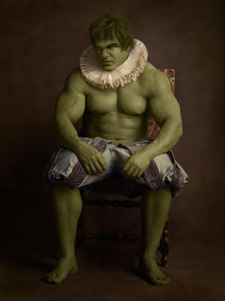 Hulk avec collerette et culotte bouffante