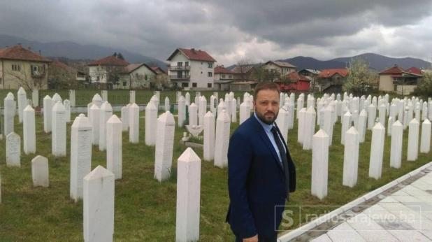 Pero Mrnarević odao počast žrtvama u Ahmićima - undefined