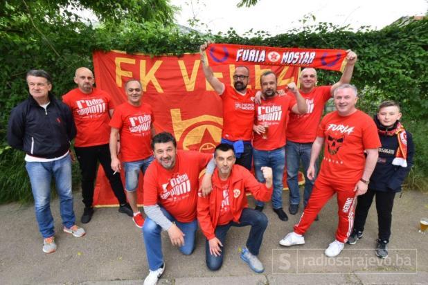 Foto: Admir Kuburović / Radiosarajevo.ba/Mostar je danas obojen u crveno