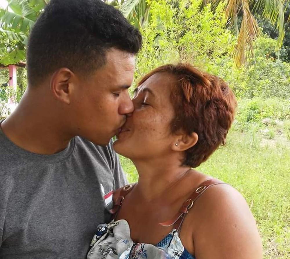 Valberto apoiou Joelma desde a descoberta do câncer de mama
