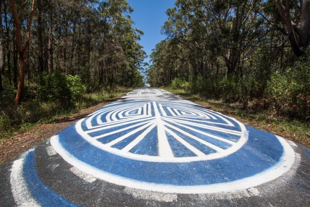 Searching for Alternative Australia // Part 1 Serena Renner, road, graffiti, painting, psychedelic art, trees, peace sign