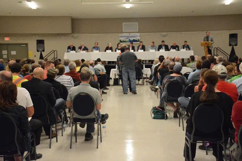 Experts debate Caribou Range Plan | Whitecourt Star