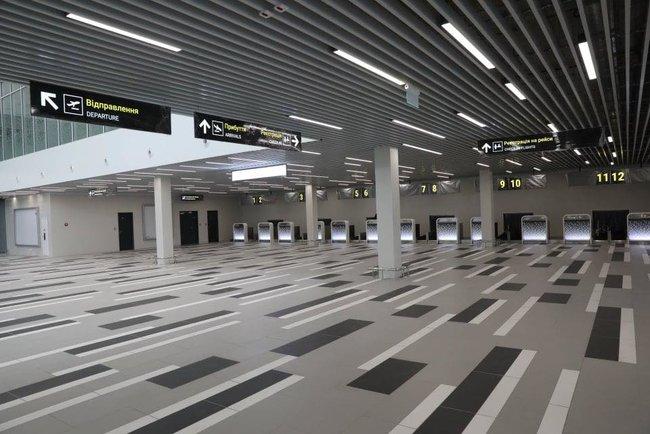 Новый терминал аэропорта Запорожья достроен, - мэр Буряк 04