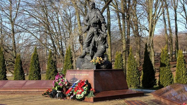 Журналісти ВВС знайшли могили російських військових, які загинули на Донбасі 01