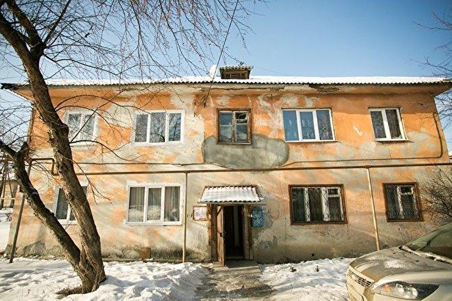 Дом, в котором живут Матвеевы в Асбесте