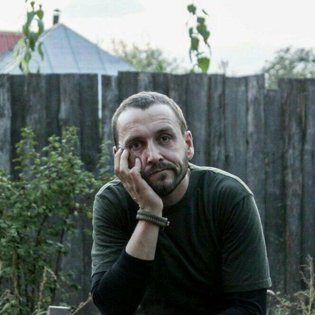 Офіцер ЗСУ, актор Олег Шульга: Страшно було йти у батальйон, який щойно вийшов з оточення - і повернулася лише половина. На одній чаші терезів була гідність, на іншій - страх 01