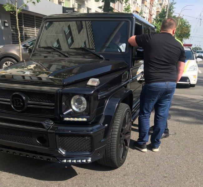 Водії в Києві знімають номерні знаки, щоб уникнути фіксації камерами за перевищення швидкості 02