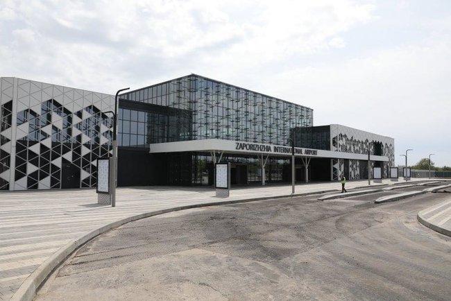 Новый терминал аэропорта Запорожья достроен, - мэр Буряк 15
