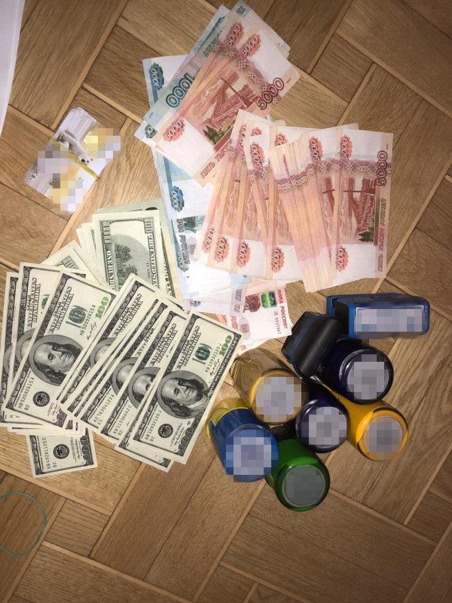 В Киеве задержан бизнесмен, обеспечивавший лекарствами террористов ДНР, - СБУ 02