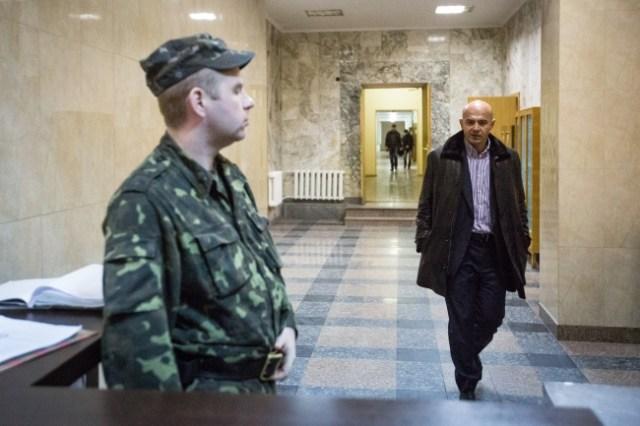 Як українські політики перепродують державні ресурси 05