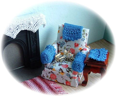pattern for dolls house chairbacks