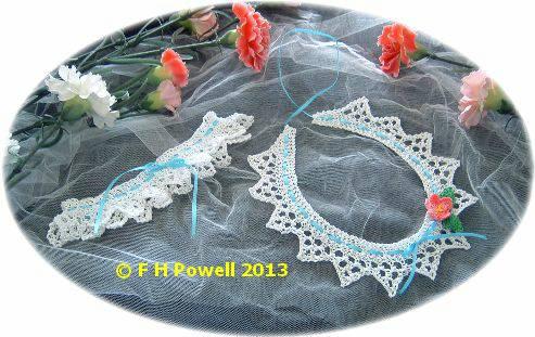 knitted wedding horseshoes