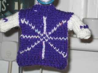 Miniature jumper