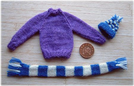 Miniature football supporters kit
