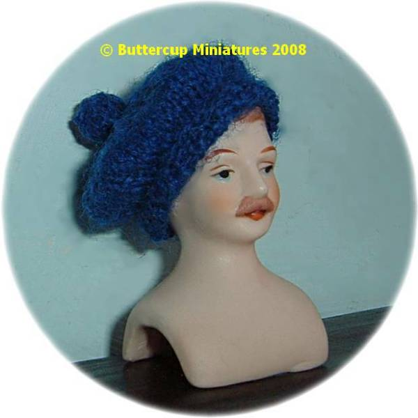 Dolls Highland bonnet