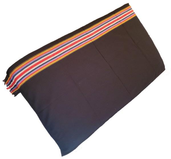 Dark Times Blanket Shawl Alpaca Temps Noir Couverte Châle Alpaga 3