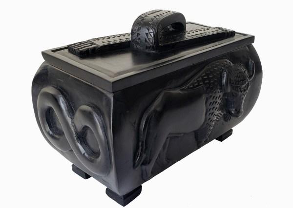 Étchiboy Carved Metis Box Coffre Métis Gravé 1