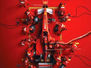 Ferrari F1-2000 - Michael Schumacher - Pit Stop | Collector's Edition image 1 on GreatBritishMotorShows.com