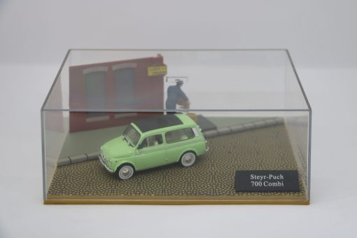 Hachette 143 Steyr Punch 700 Combi DIORAMA 1 scaled